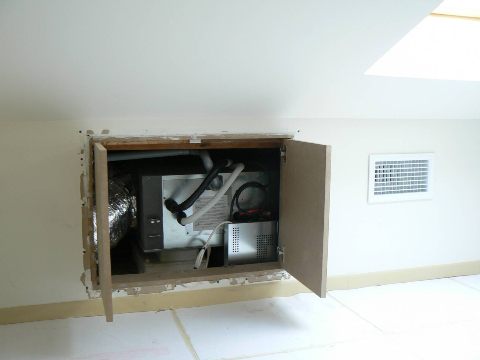 installation d 39 un gainable toshiba r f rav sp564atp e et. Black Bedroom Furniture Sets. Home Design Ideas