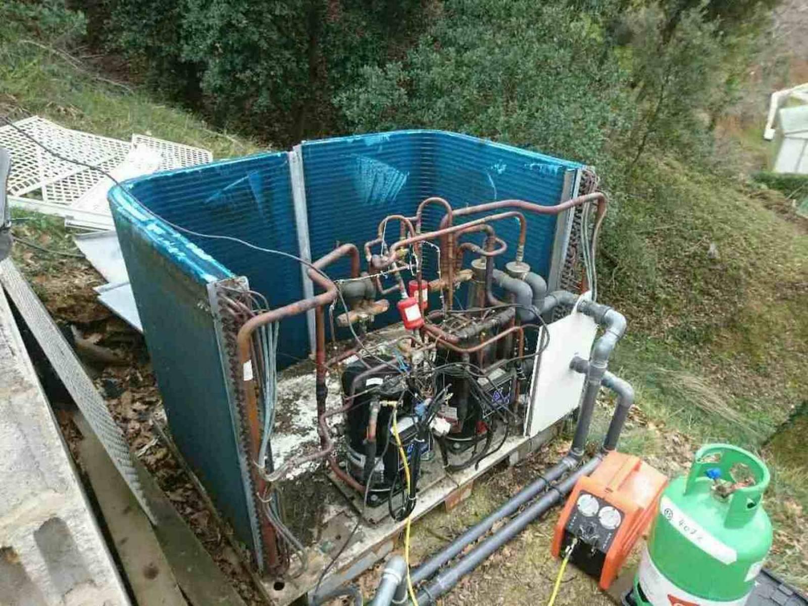 Remplacement d 39 une pompe chaleur piscine dans un camping for Air dans la pompe piscine